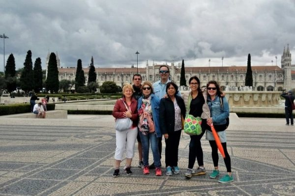 Lisbon Center Walking Free Tour