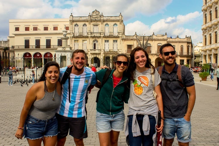 Havana Vedado neighborhood tour