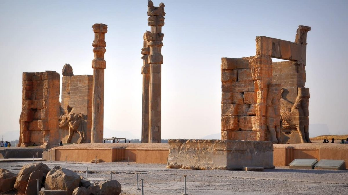 10 Reasons for Travel to Iran